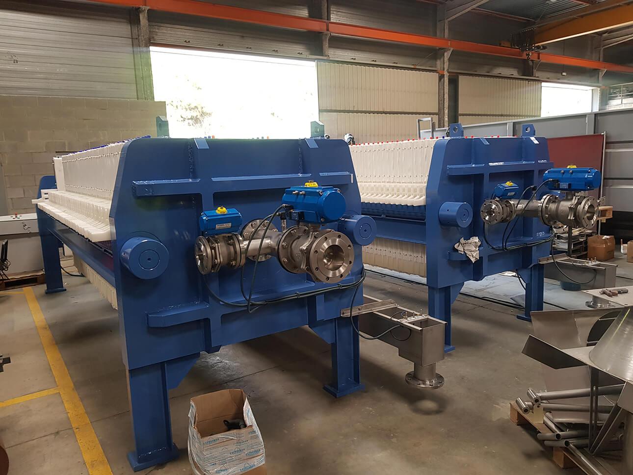 Dos nuevas unidades filtro prensa MURANO de tamaño de placa 1*1 mts listos para su envío a RUMANIA, proyecto de planta potabilizadora de agua en la ciudad de Cugir.