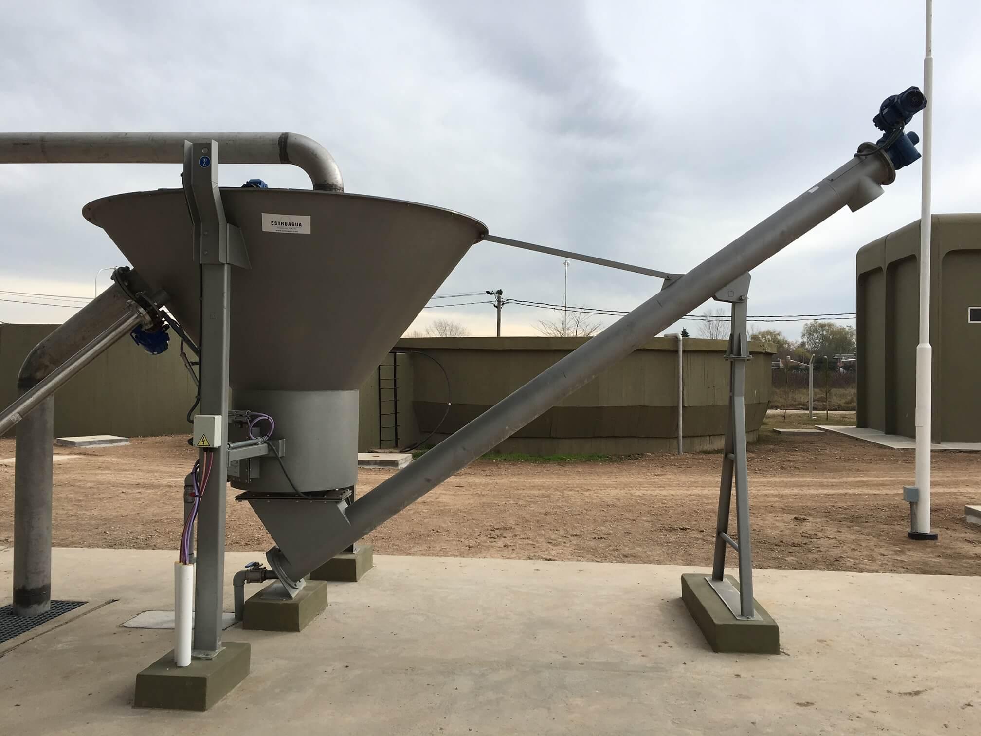 Lavador de arenas HIDROSAND, la solución perfecta para la eliminación de materia organica de la arena, hasta un 97 % de efectividad.